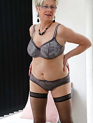 Experienced milf wants to fuck the boyfriend