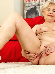 Explosive mistress with leaking pussy