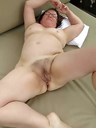 Mature strumpet likes to take the cock in mouth so much